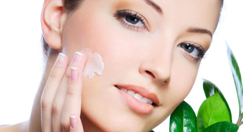 Уход за кожей после фруктового пилинга